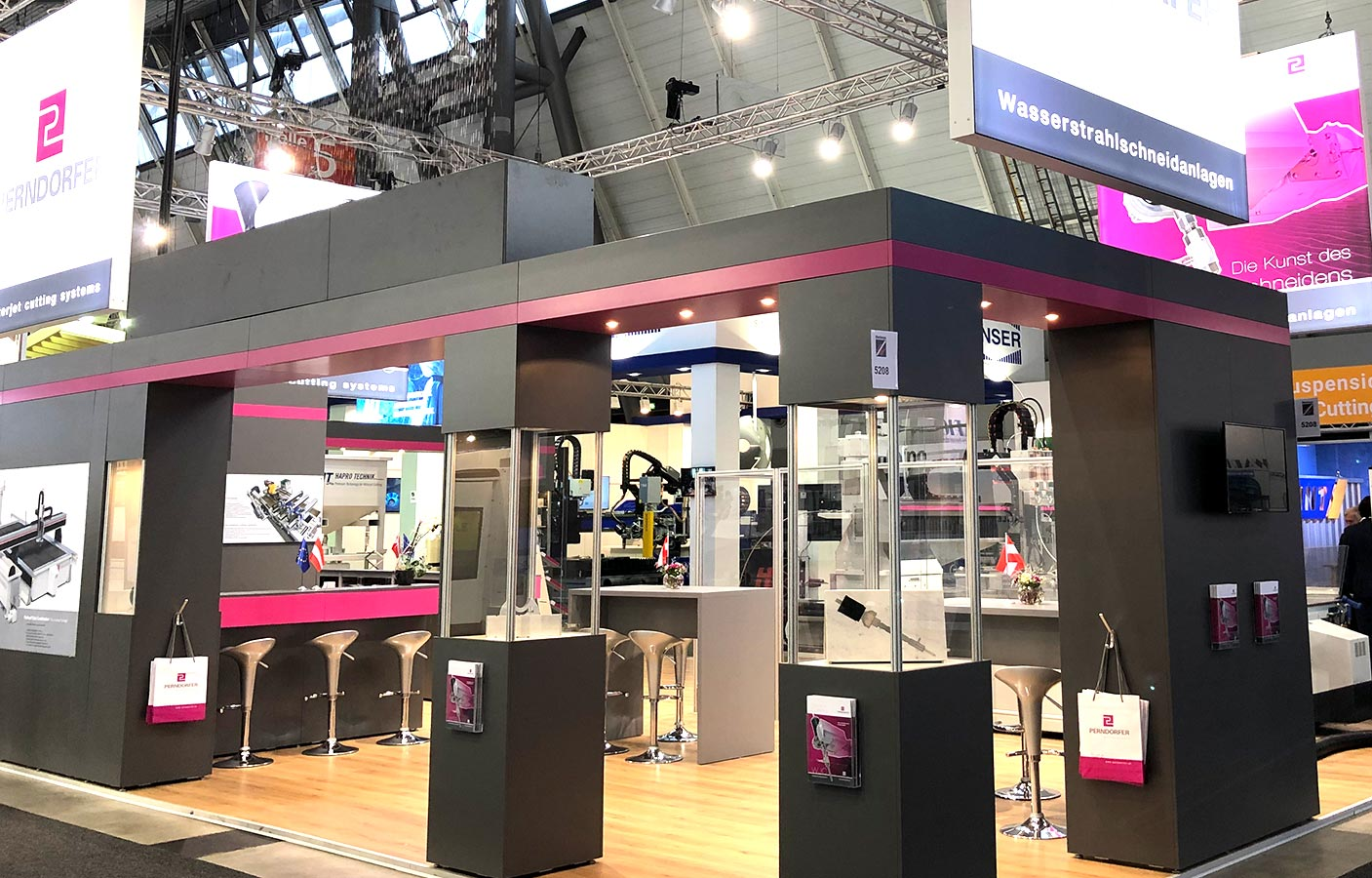 Cutting Systems Perndorfer Messestand