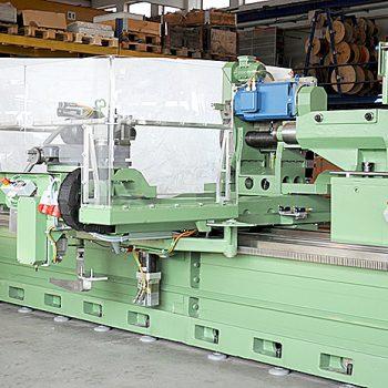 Perndorfer-Sondermaschinen_Walzenbearbeitungszentrum