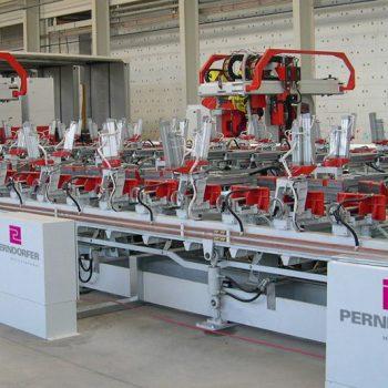 Sondermaschine: Gurtträgerfertigungsanlage