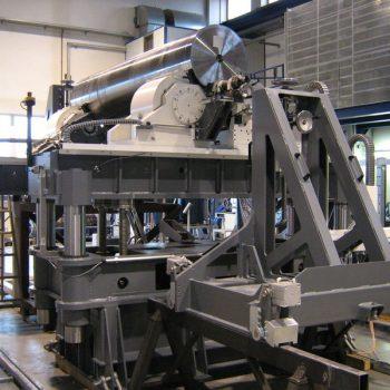 Perndorfer-Sondermaschine_Ultraschallpruefanlage-Wellen-4
