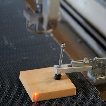Positioning laser